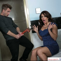 Holly Heart in 'Naughty America' gets her pipes filled by the plumber (Thumbnail 144)