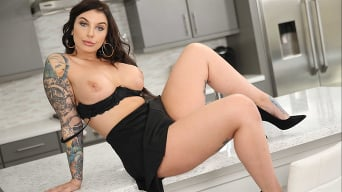 Ivy LeBelle in 'Dirty Wives Club'