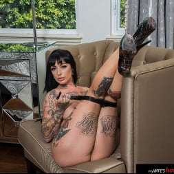 Jessie Lee in 'Naughty America' gets fucked (Thumbnail 92)