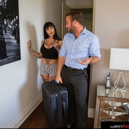 Jessie Lee in 'Naughty America' gets fucked (Thumbnail 161)