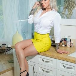 Karma Rx In 'Naughty America' My Wife's Hot Friend (Ein 168)
