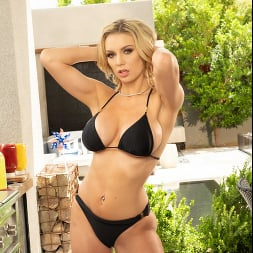 Kenzie Taylor in 'Naughty America' Dirty Wives Club (Thumbnail 35)