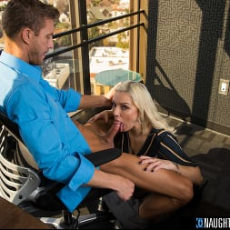 Kenzie Taylor in 'Naughty America' fucks her boss for that promotion (Thumbnail 88)