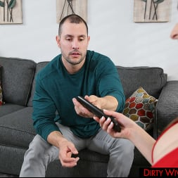 Lexi Luna in 'Naughty America' gets some big cock from another man (Thumbnail 32)