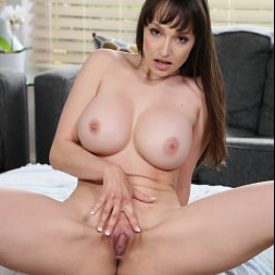 Lexi Luna in 'Naughty America' gets some big cock from another man (Thumbnail 208)