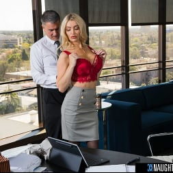 Linzee Ryder in 'Naughty America' pulls all the strings and gives the boss her juicy wet pussy to get more hours (Thumbnail 167)