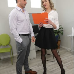 Mazzy Grace in 'Naughty America' Naughty Office (Thumbnail 406)