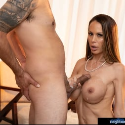 McKenzie Lee in 'Naughty America' is ready to open her pussy and get fucked!!! (Thumbnail 60)