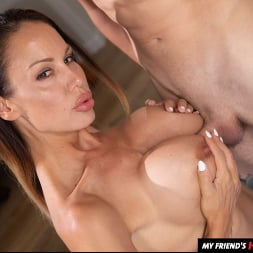 McKenzie Lee in 'Naughty America' works up a sweat before fucking son's friend (Thumbnail 56)