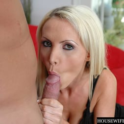 Nikki Benz in 'Naughty America' Housewife 1 on 1 (Thumbnail 80)