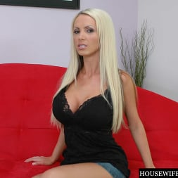 Nikki Benz in 'Naughty America' Housewife 1 on 1 (Thumbnail 176)