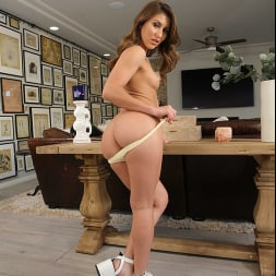 Paige Owens in 'Naughty America' fucks her friend's dad in the living room (Thumbnail 209)