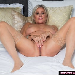Payton Hall in 'Naughty America' Seduced By A Cougar (Thumbnail 156)