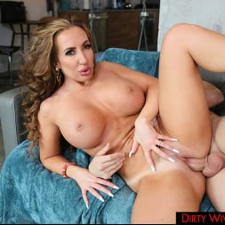 Richelle Ryan in 'Naughty America' is a married woman who is not getting pleased by her husband,  so she seeks cock elsewhere  (Thumbnail 105)