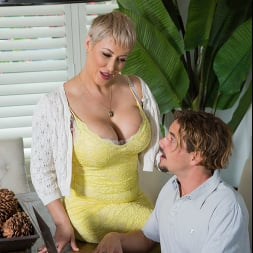 Ryan Keely in 'Naughty America' fucks young cock (Thumbnail 21)