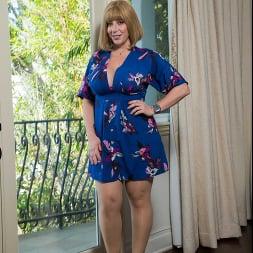 Sara Jay In 'Naughty America' My Friend's Hot Mom (Ein 1)