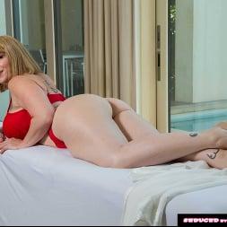Sara Jay In 'Naughty America' wants a penetration massage!! (Ein 204)