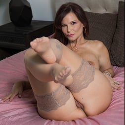 Syren De Mer in 'Naughty America' My Friend's Hot Mom (Thumbnail 63)