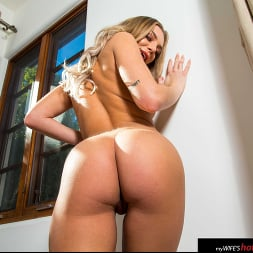 Tiffany Watson in 'Naughty America' drains her friend's husband's balls (Thumbnail 42)