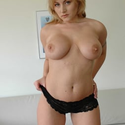 Velicity Von in 'Naughty America' has a nice ass (Thumbnail 36)