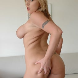 Velicity Von in 'Naughty America' has a nice ass (Thumbnail 45)